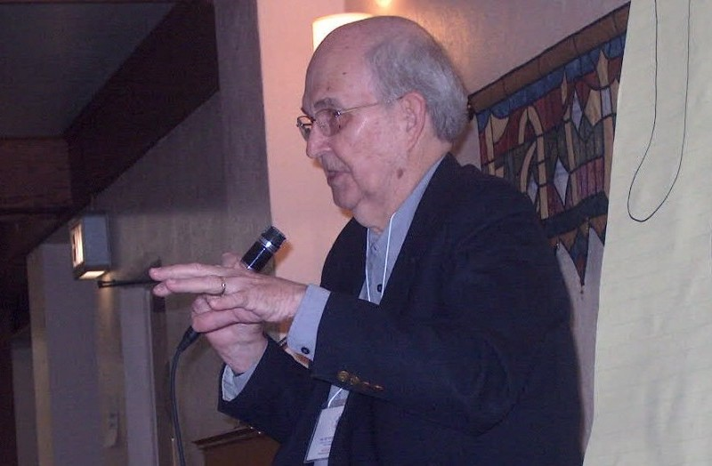 Ken Bailey Lecturing in 2012